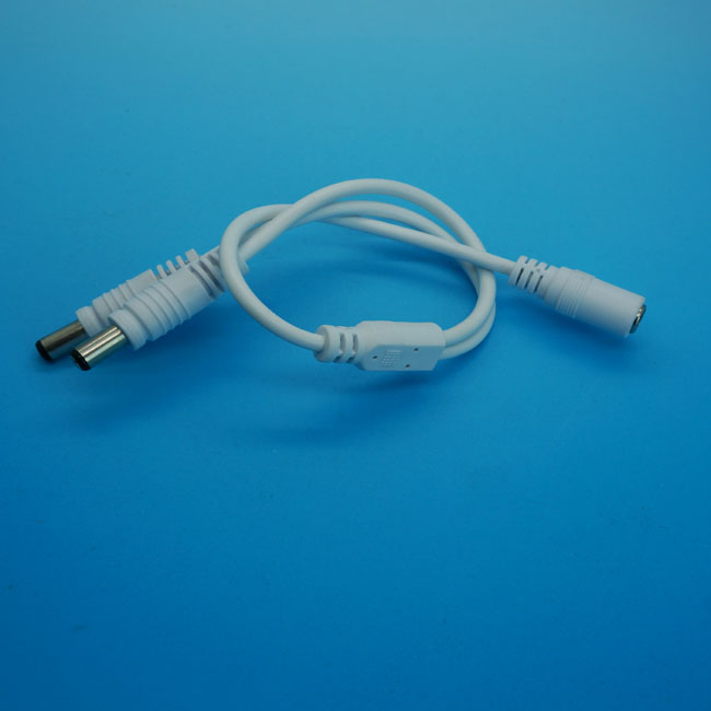 1 TO 2 DC Connector